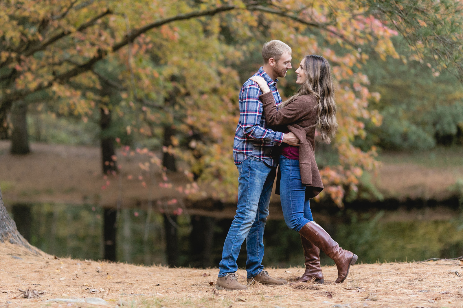 engagement session at chatfield hollow
